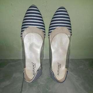 Flatshoes Biru Putih