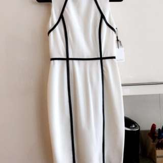 New Size 2 Calvin Klein Dress
