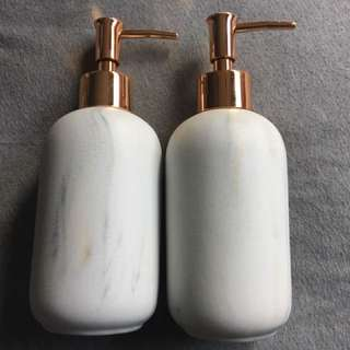 2 x Kmart marble soap dispenser
