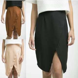 Rok Hitam - Black Skirt