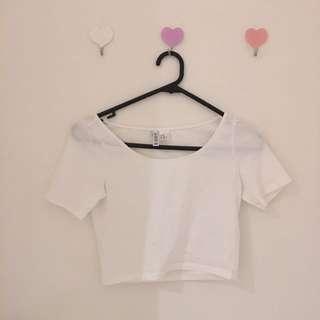 White cropped tshirt