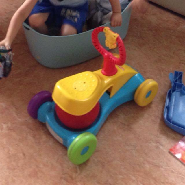 幼童學步車