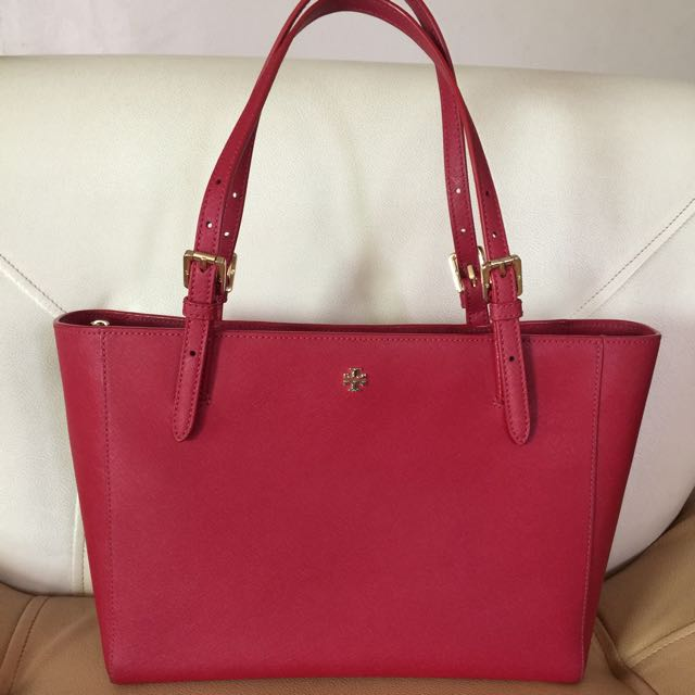 AUTHENTIC TORY BURCH SAFFIANO TOTE BAG