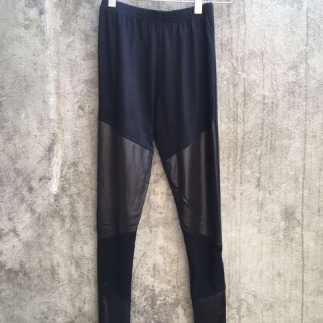 Black leggins
