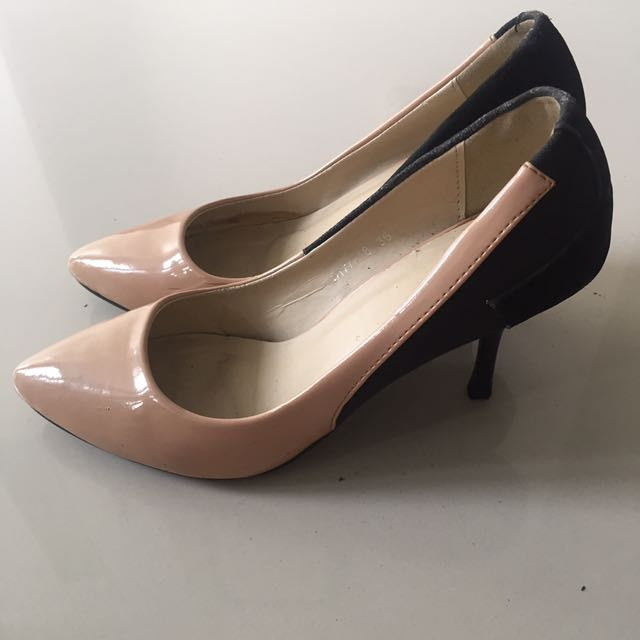 Black nude Karen & Chloe shoes