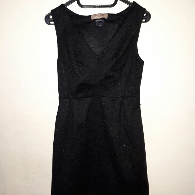 Dress avenue hitam