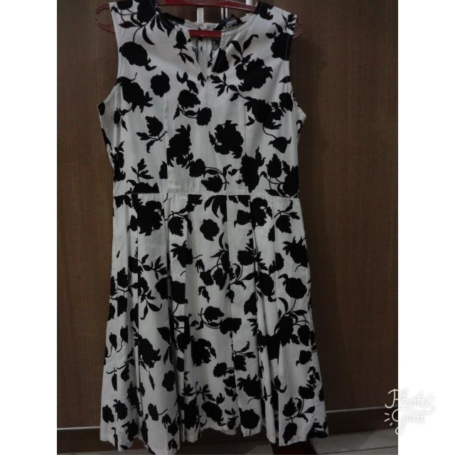 Flower Pattern Contempo Dress