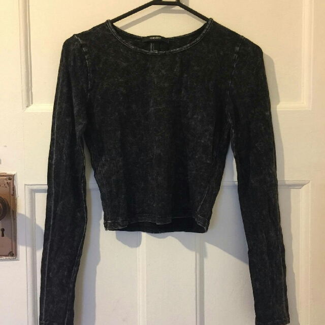 forever21 long sleeve crop top