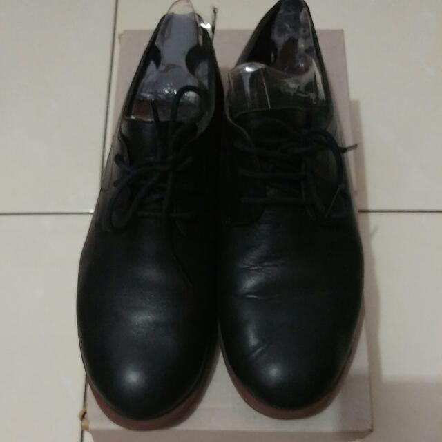 FREE Shipping Camper Bowie Oxford Black Leather
