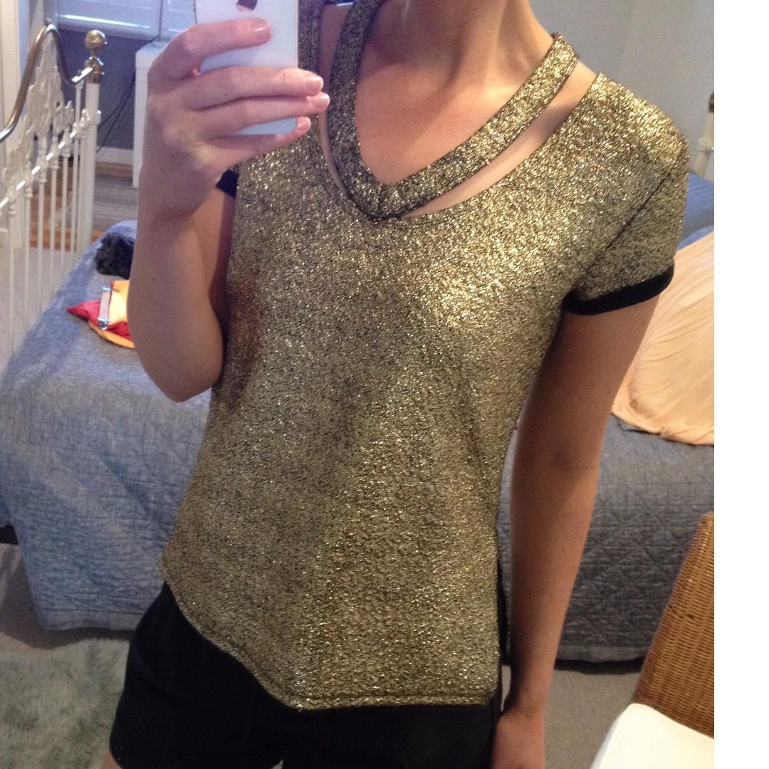 Gold glittery top