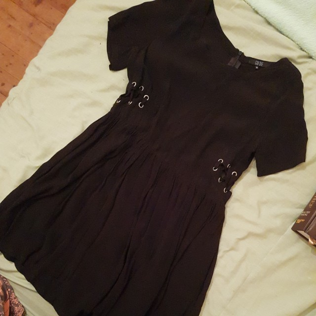 Goldie eyelet dress size s/m