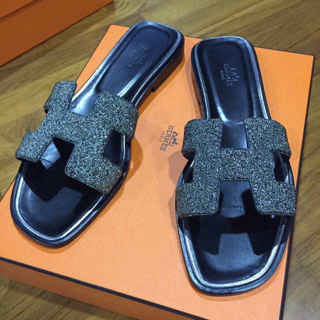 e3c33a651784 Hermes h women sandals, Women's Fashion, Shoes on Carousell