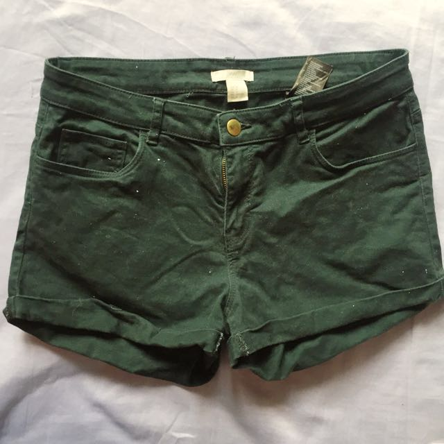H&M BLUEGREEN SHORTS (Size 38)