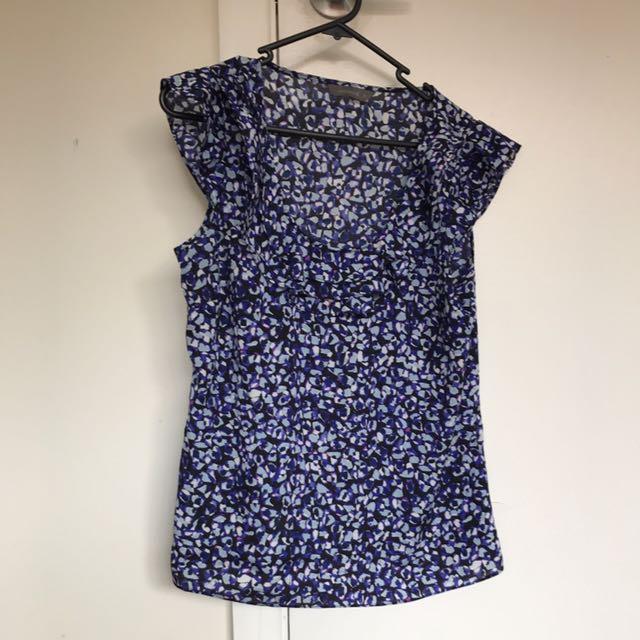 Jacqui E blouse size 8