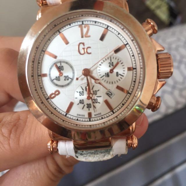 Jam tangan premium gucci