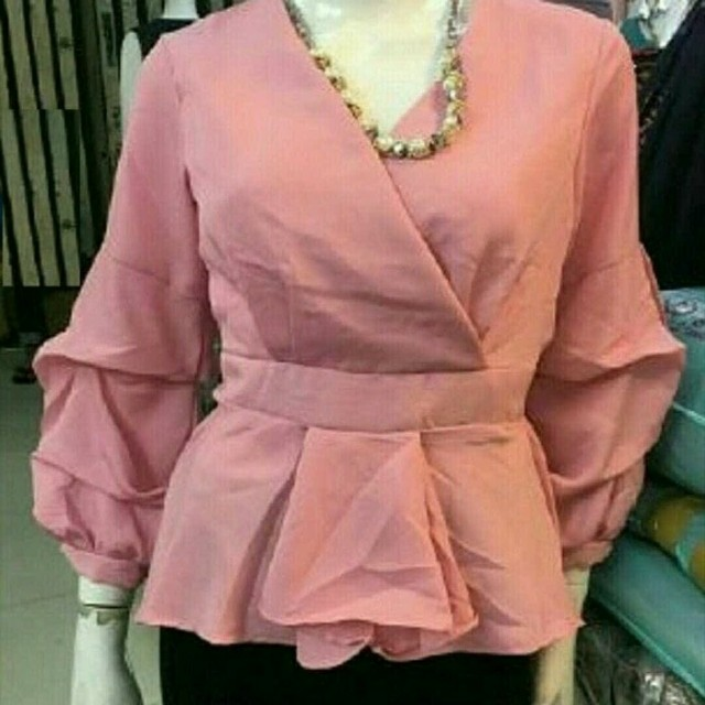KEYSIA BLOUSE • C&R