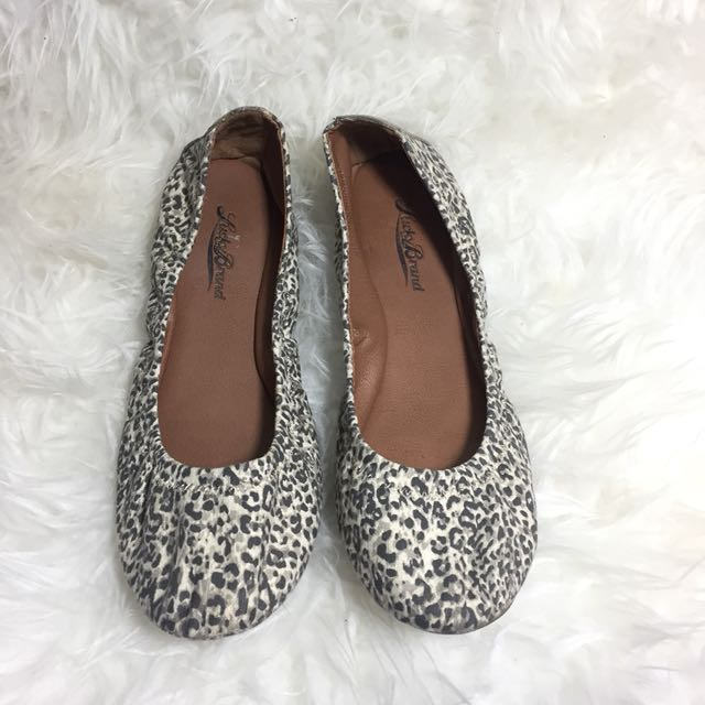 Lucky Brand Printed Flats Size 6
