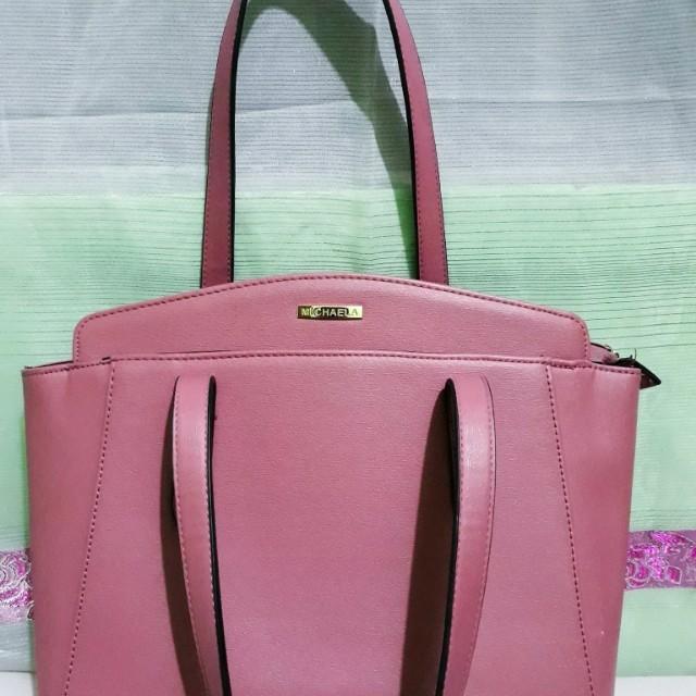 Medizum sized handbag (authentic item)