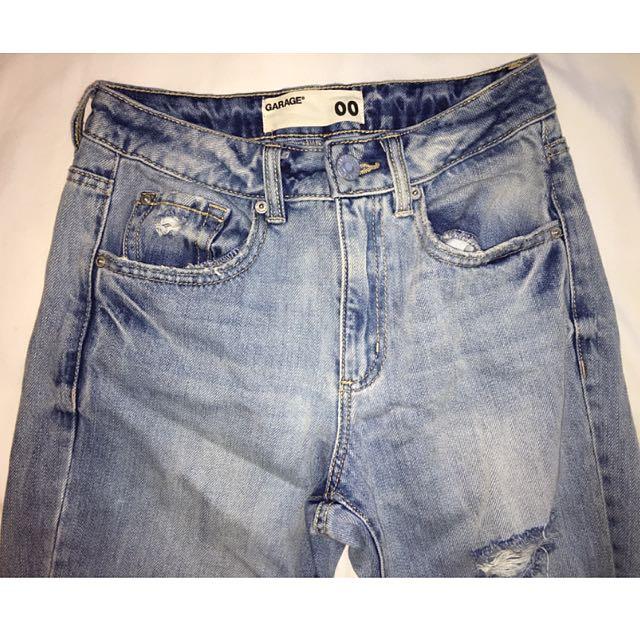 Mom Jeans - Garage