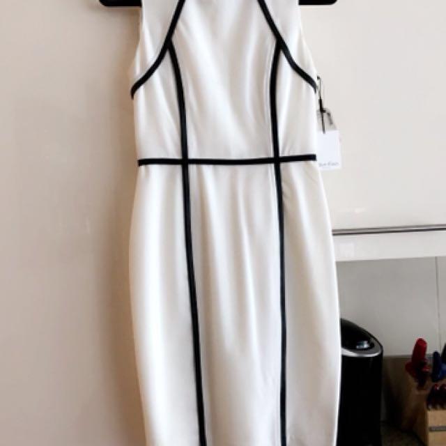 New Size 2 Calvin Klein Dress
