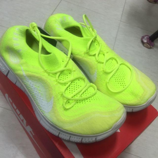全新。Nike wmns free flyknit 輕量化慢跑鞋 螢光