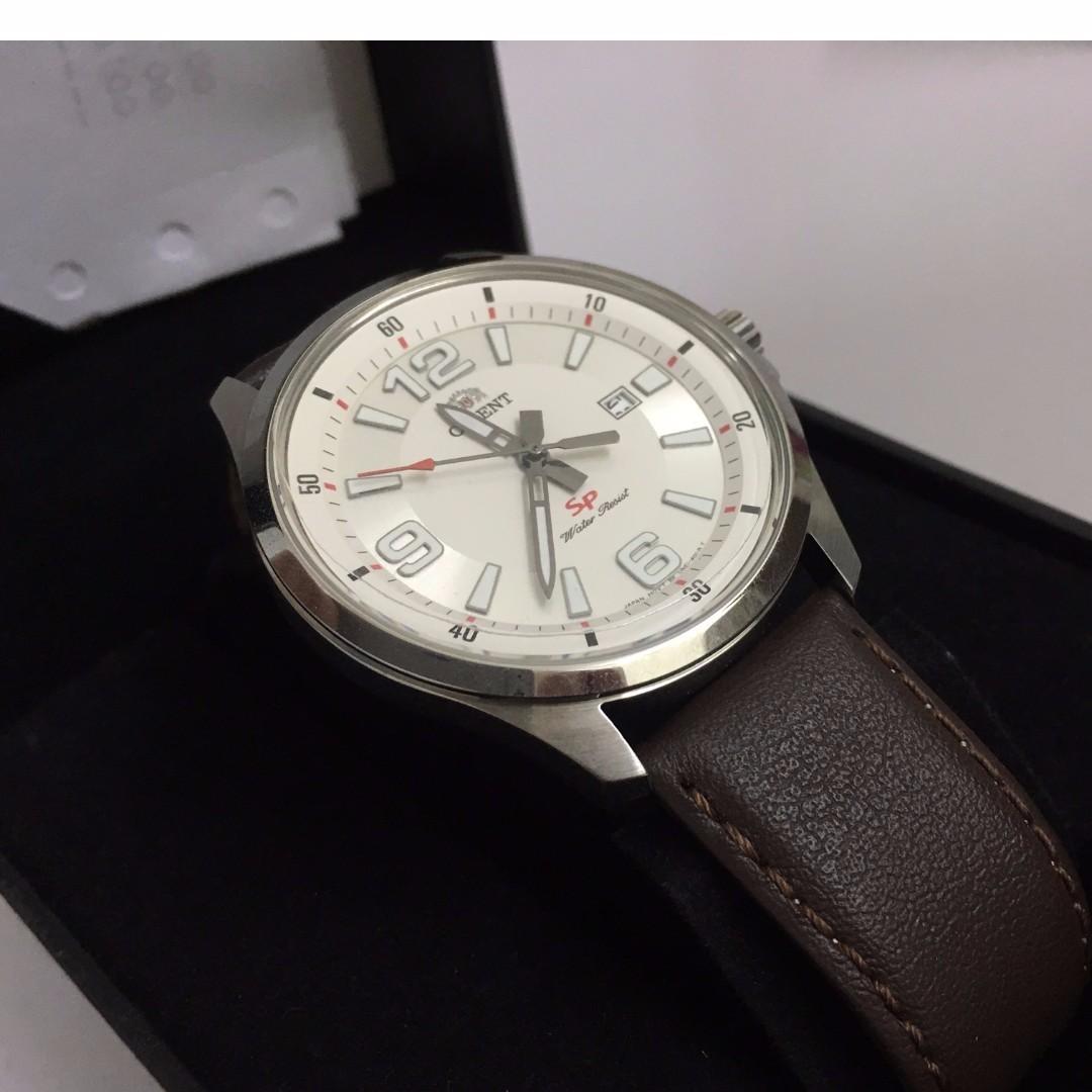 ae725bed2 Orient UNE1007W CUNE1007W Sport Quartz Men's Watch Japan Original iphone,  Men's Fashion, Watches on Carousell