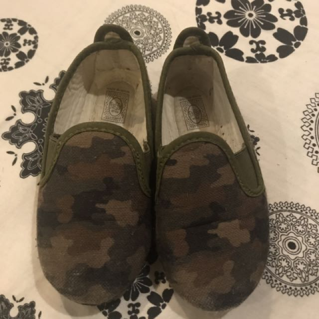 Original Camou Flossy Shoes - 2-3yrs old