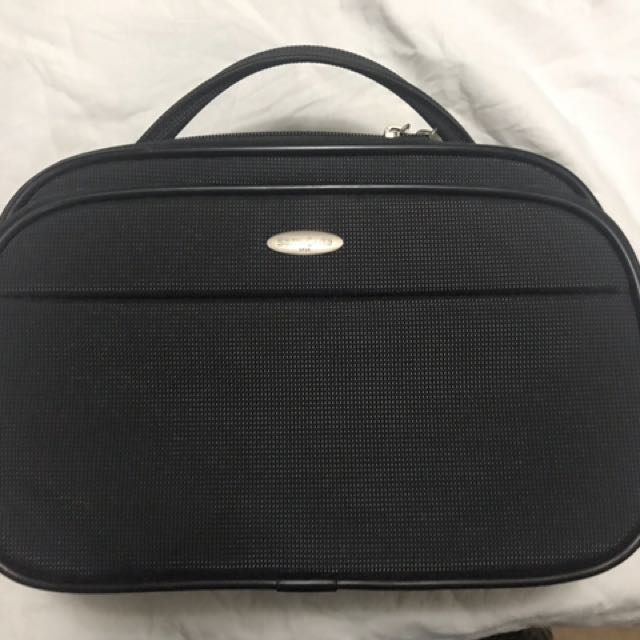 Samsonite bag/kit