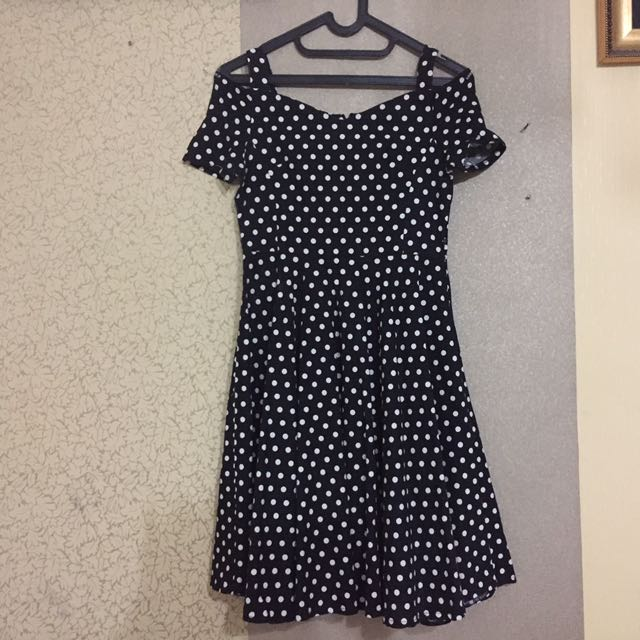 Short dress polkadot