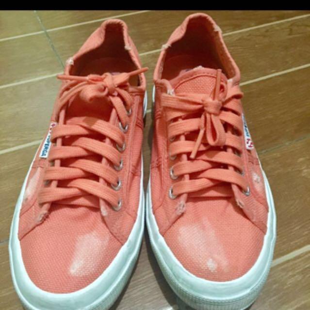 Superga Sneakers in Salmon Pink