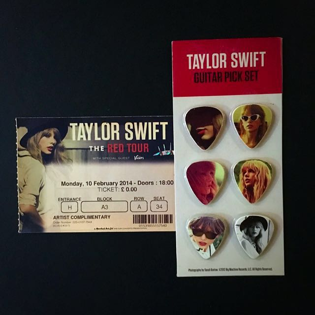 Taylor Swift Red Tour Guitar Picks 6 Pieces Take10off Music Media Music Accessories On Carousell