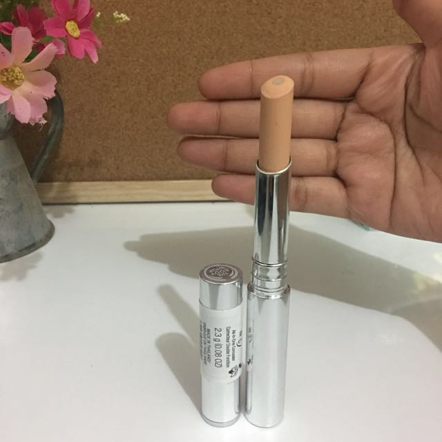 The Body Shop All in one Concealer