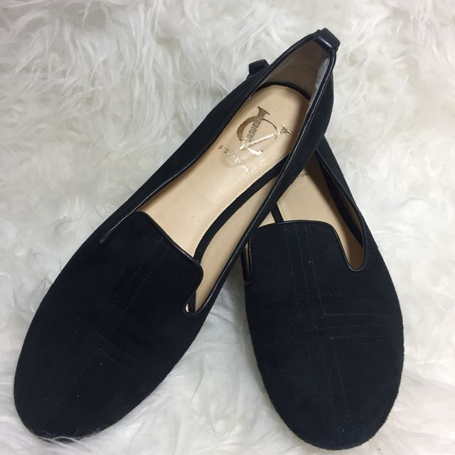 VC Signature by Vince Camuto Loafers Size 6