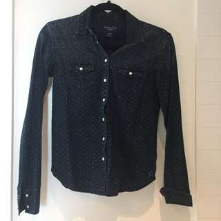 Button up shirt size XS
