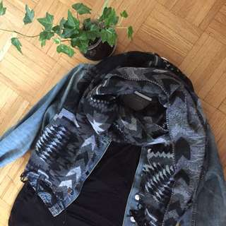 Blanket scarf (O/S)