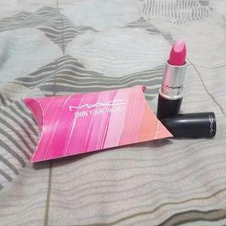 NEW MAC Lipstick BNIB Pink Pigeon