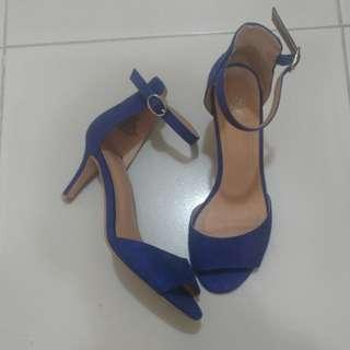 H&M Blue Suede Ankle Strap Shoes (size 6)