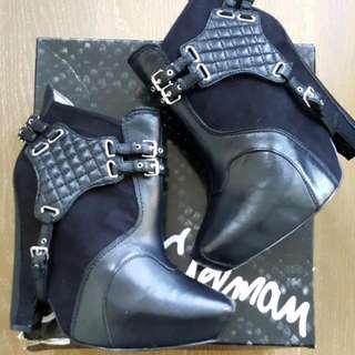 Gorgeous Original SAM EDELMAN Zoe Platform Boots Size 8.5