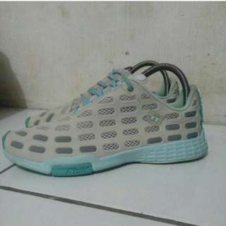 Reebook running shoes size 39