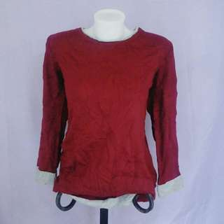 bloody red knitted pullover
