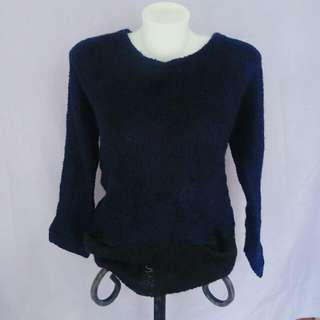 navy blue knitted pullover