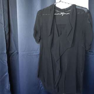 Aritzia babaton black chiffon blouse