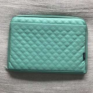 Typo green laptop case 13""