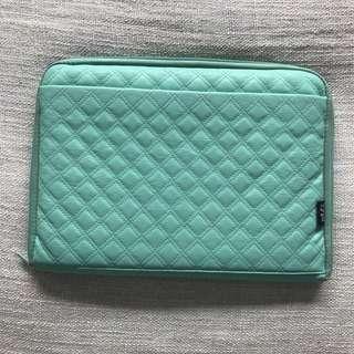 "Typo green laptop case 13"""