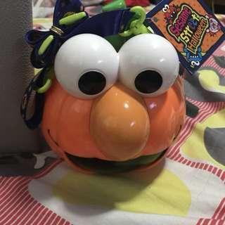 Elmo Halloween Pumpkin for Trick or Treat