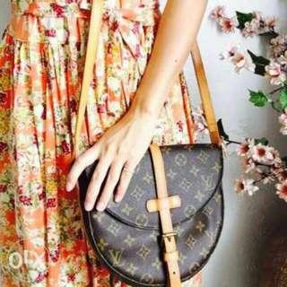Authentic Louis Vuitton Chantilly GM crossbody bag vintage
