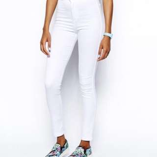 AA HighWaist Jeans in White