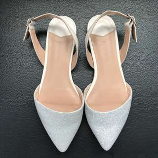 Stradivarius Flatshoes Size 35