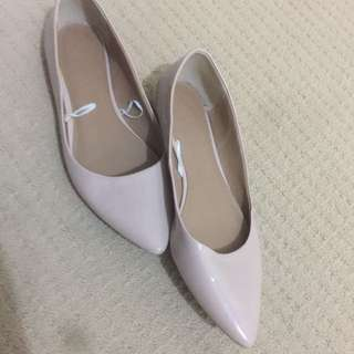 Nude leather flats