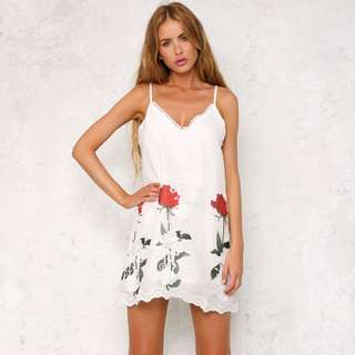 Rose For You Dress White